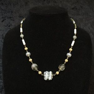 Jewelry - Vintage gray glass bead necklace S014